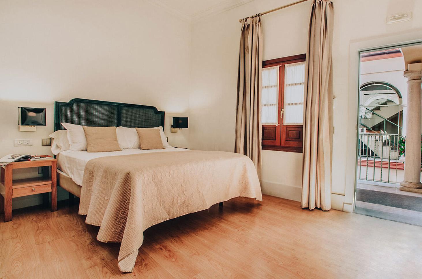 ventanas-hotel-casa-romana-3